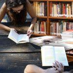 Riparte #ioleggoperché, l'iniziativa che porta i libri nelle scuole