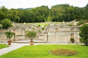 800px Garden of Villa della Porta Bozzolo 4