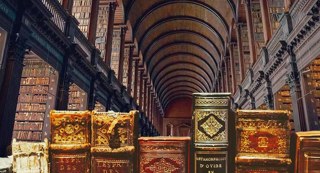 Robin Books, l'uomo che rubava i libri per pagare i restauri della biblioteca