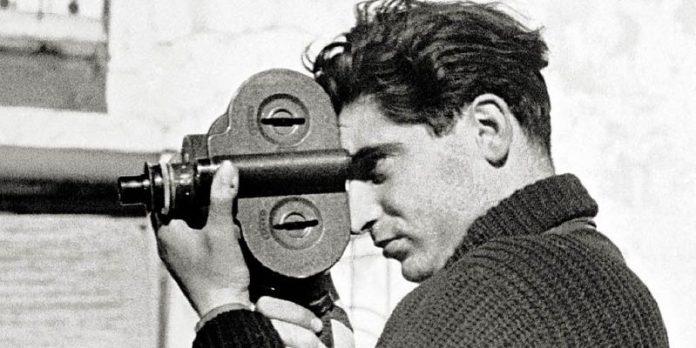 Da sogno di scrittore a lavoro di fotografo, Robert Capa fu colui che, con coraggio e autenticità, documentò tutte le guerre del '900