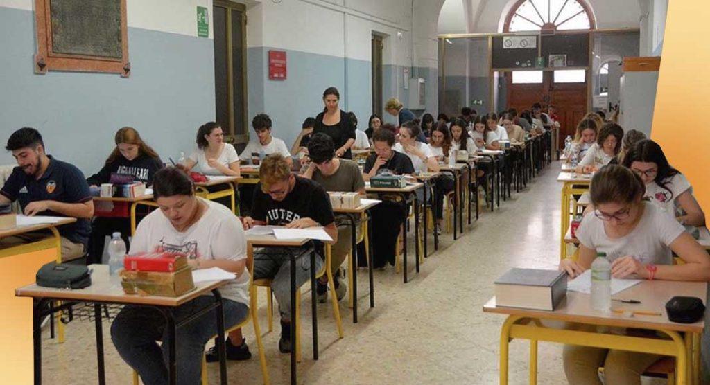 Maturità 2019, 2 studenti su 5 hanno copiato durante la seconda prova