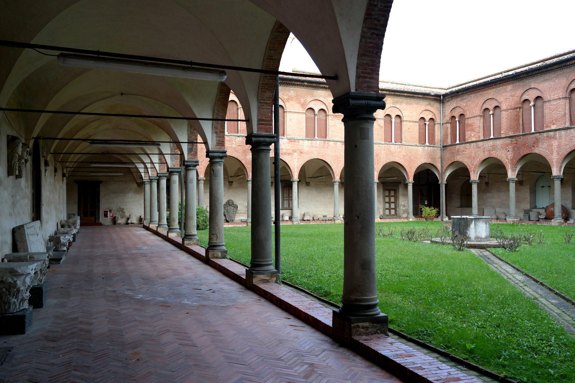Pisa Museo Nazionale di San Matteo chiostro