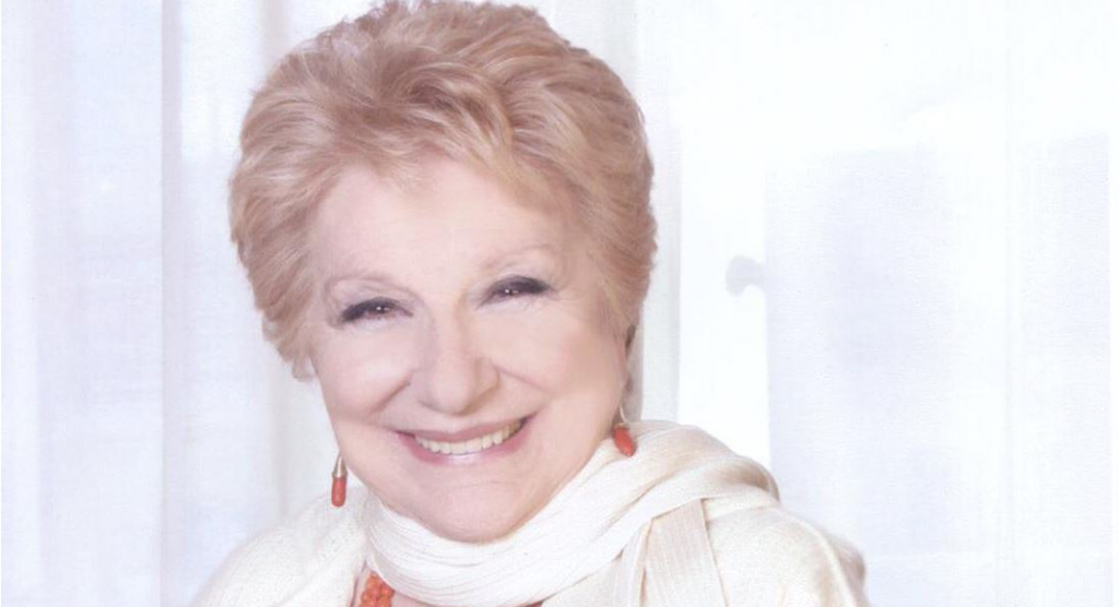 """È morta Valeria Valeri, l'attrice di teatro che ha recitato anche in """"Un medico in famiglia"""""""