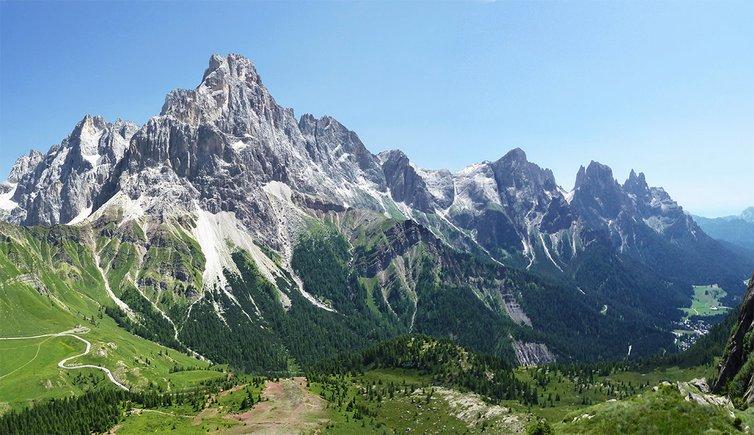 Le Dolomiti sopra Mezzano di Primiero