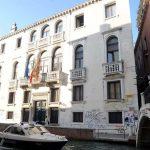 Preside di Venezia si toglie la vita per gli attacchi di studenti e insegnanti