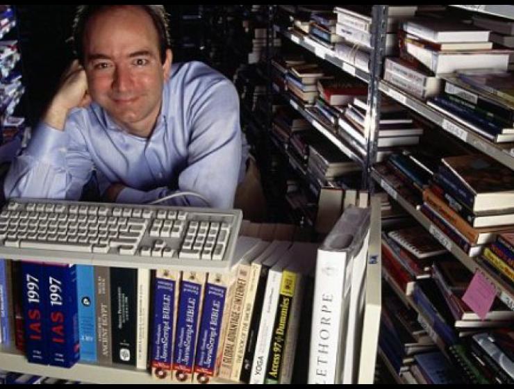 Amazon compie 25 anni. Tutto iniziò dai libri