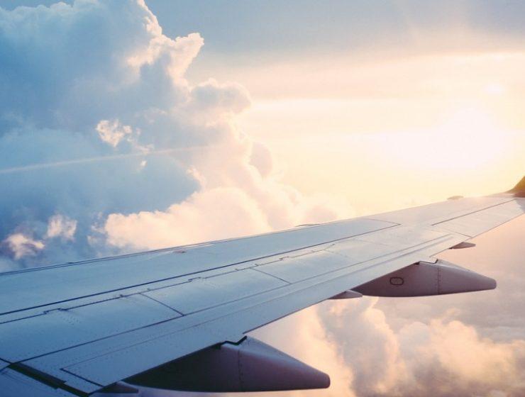 EasyJet lancia 'Flybrary', e i voli diventano biblioteche