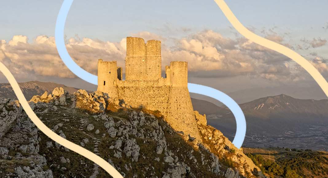 Il borgo dimenticato di Rocca Calascio, il castello più alto d'Italia
