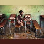 """Arriva a Modena """"Steve McCurry. Leggere"""", la mostra fotografica dedicata ai libri e alla lettura"""