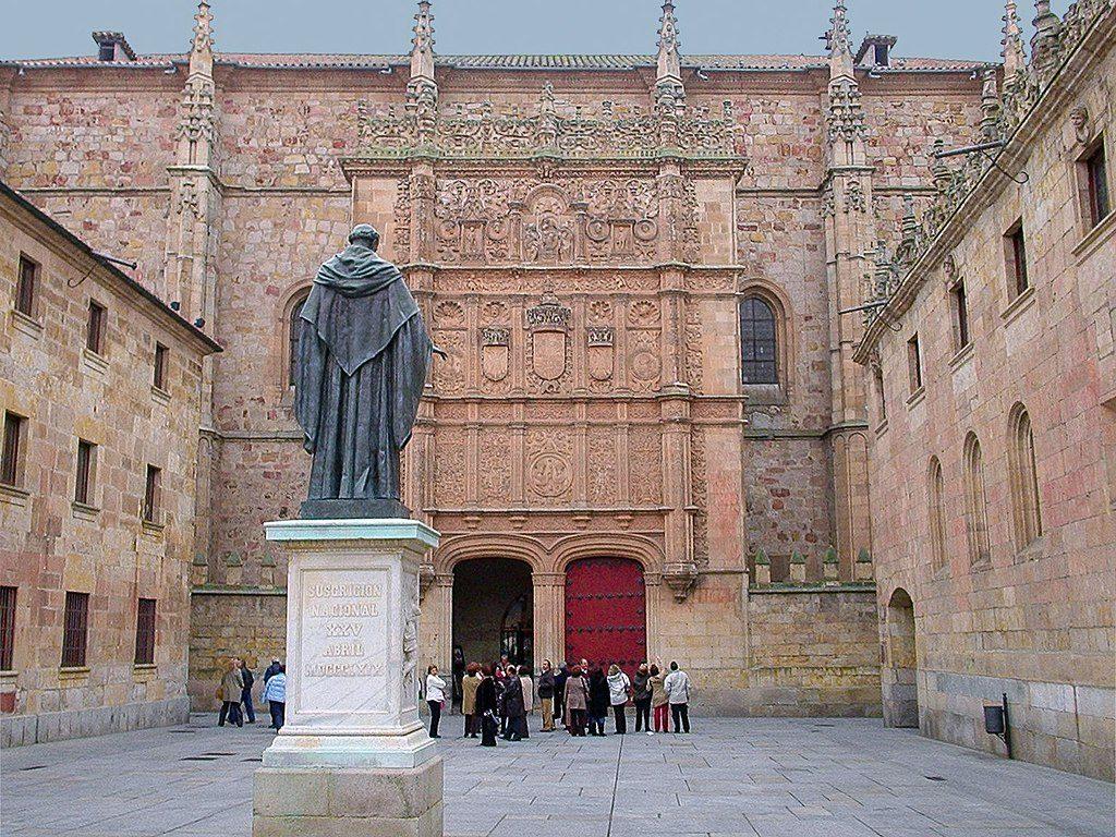 1024px Fachada de la Universidad de Salamanca