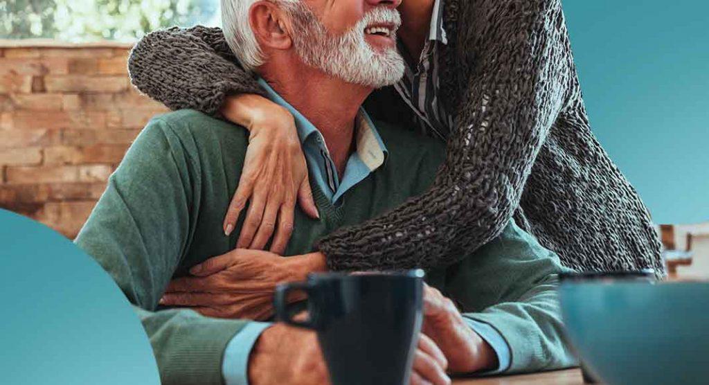 Abbraccia spesso chi vuoi bene perché la vita non è mai scontata