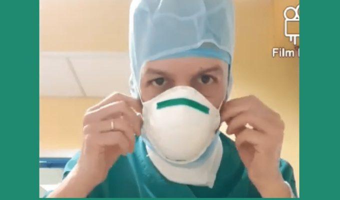 """""""Dedicato ai colleghi"""", il commuovente video dell'infermiere prima di entrare in terapia intensiva"""