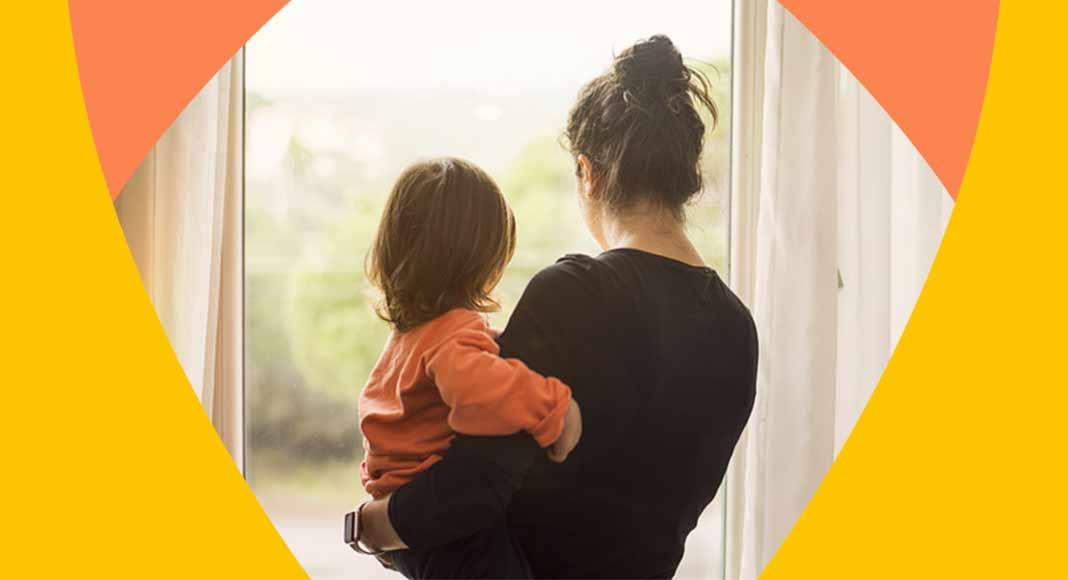 Le difficoltà di una mamma oggi, tra lavoro e cura dei figli