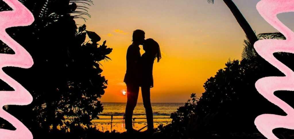 """""""Torna"""", la poesia di Kavafis che esprime la passione travolgente dell'amore"""