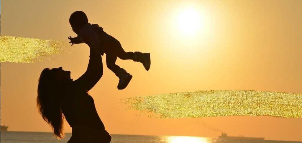 """""""Il figlio"""", la poesia di Pablo Neruda sulla meraviglia di essere genitori"""
